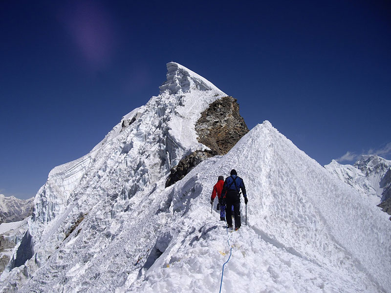 Everest Lobuche East Peak - Autumn