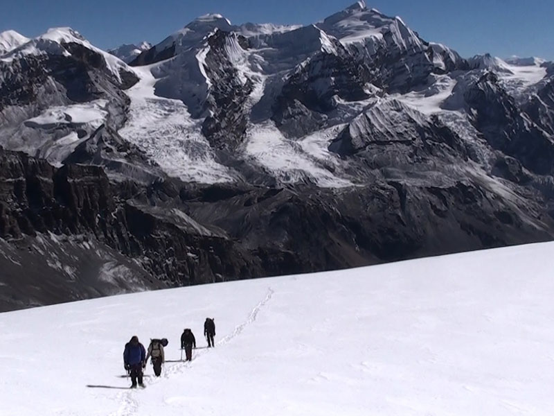 Rolwaling Pachermo Peak - Autumn