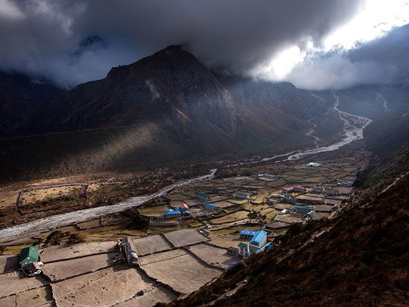 Everest Thame Legendary